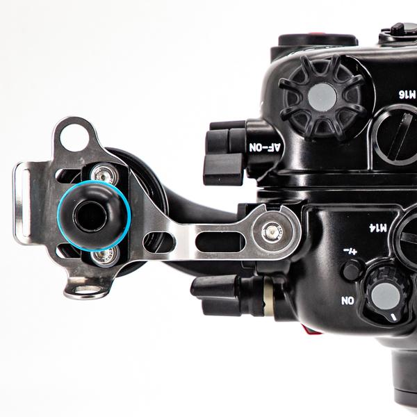 The Nikon Z7 underwater housing by Nauticam includes a stiffening handle bracket