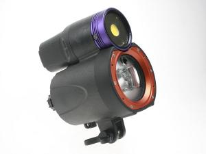 iTorch Symbiosis Pro Strobe with 2000 Lumen Video Light SS-2R
